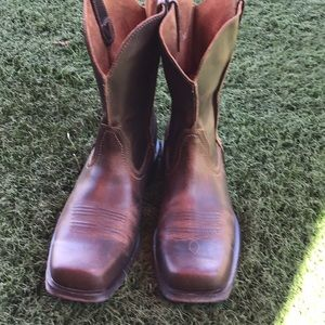 Ariat cowboy boots leather